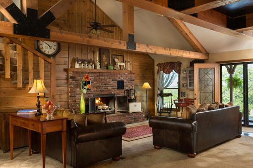 Cedar Crest Lodge ArtBizJam